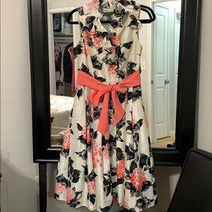 Gorgeous Jessica Howard Midi dress